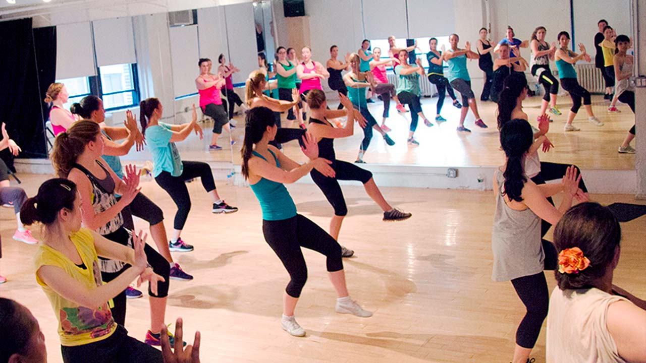 clases de grupo en bodyland fitness tu gimansio en coslada